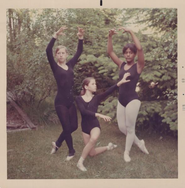 Dance_2113.jpg
