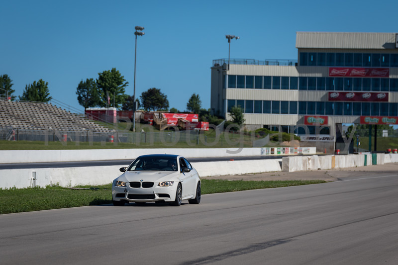 Flat Out Group 3-261.jpg