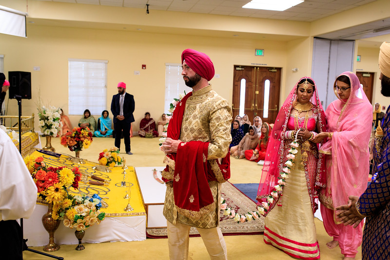 Neelam_and_Matt_Gurdwara_Wedding-1388.jpg