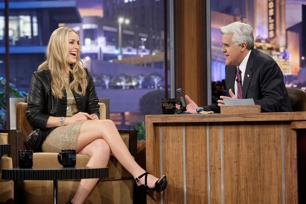 ". In this image released by NBC, Olympic Gold Medalist skier Lindsey Vonn, left, is shown during an interview with host Jay Leno on ""The Tonight Show with Jay Leno,\"" Monday, March 1, 2010, in Burbank, Calif. (AP Photo/NBC, Paul Drinkwater)"