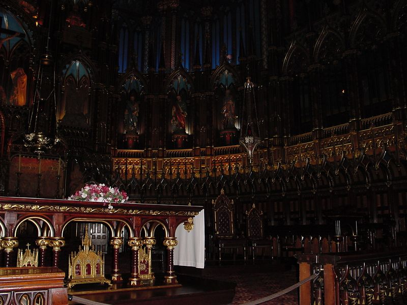 Notre Dame - Montreal 8 - Alter.JPG