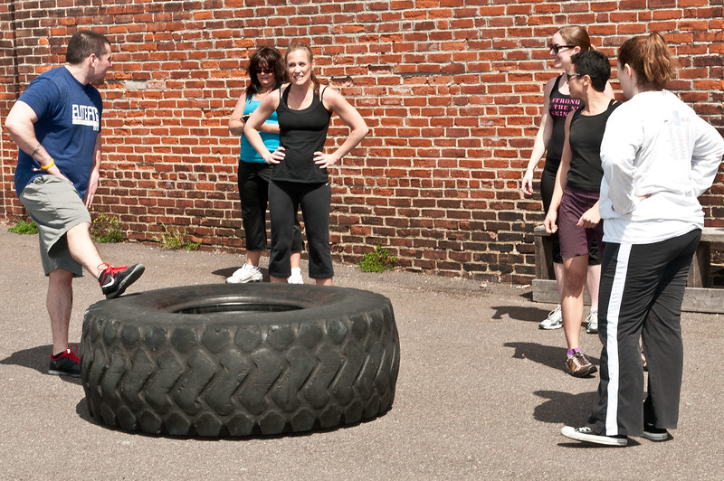 Strongman Saturday 4-14-2012_ERF4102.jpg