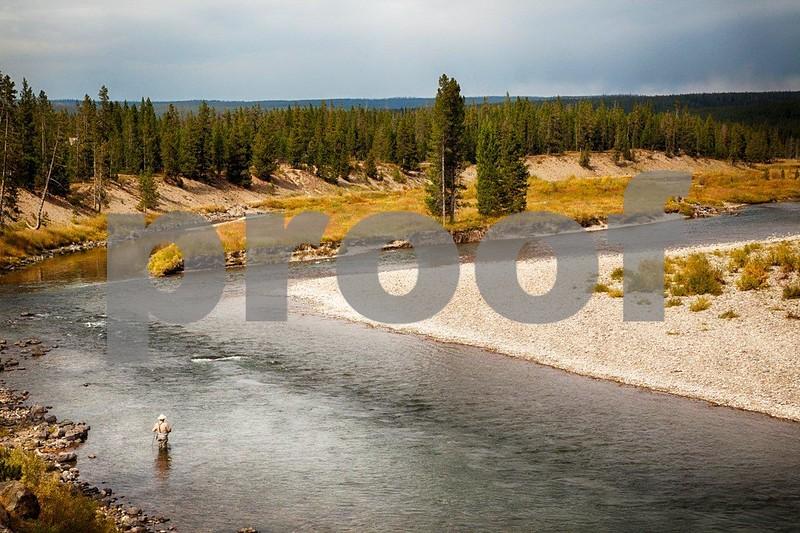 YNP Lewis River 3280_HDR.jpg