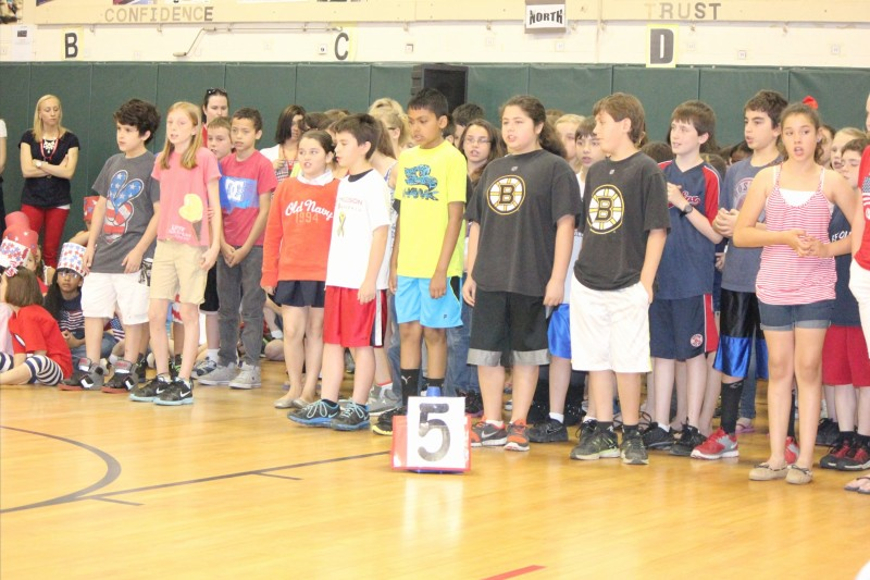 fifth grade memorial day concert.jpg