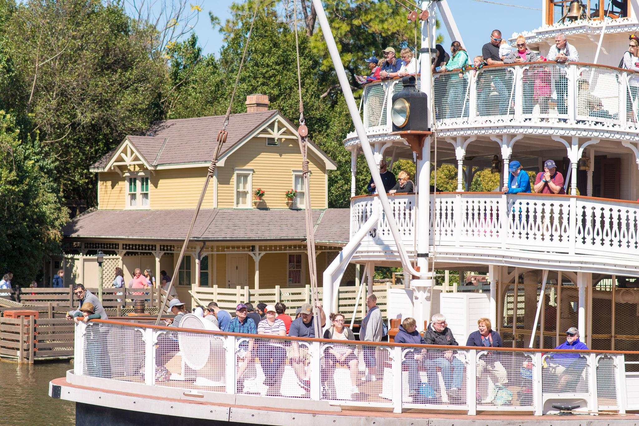 Liberty Belle Missed the Boat - Walt Disney World Magic Kingdom