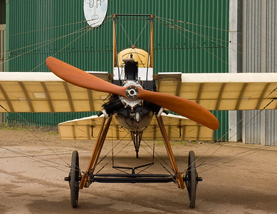 Old Warden : 15th April