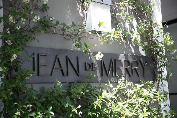 09 Book Signing - Jean de Merry