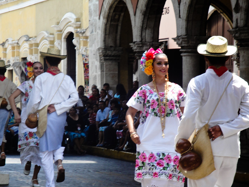 sunday-in-merida_4582579634_o.jpg