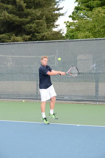 menlo-tennis-2013-boys 5.jpg