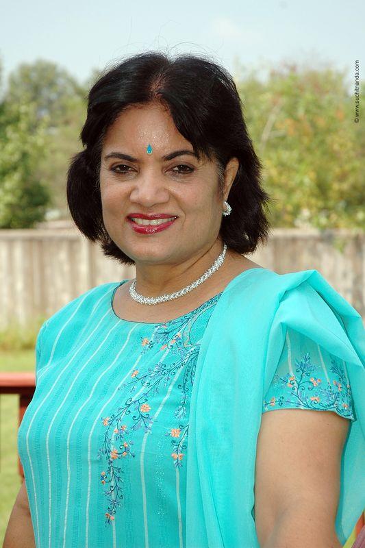 Kiran Bahl [Maternal Aunt]