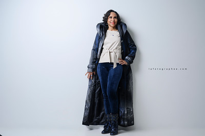 Pam R. - Branding Photos