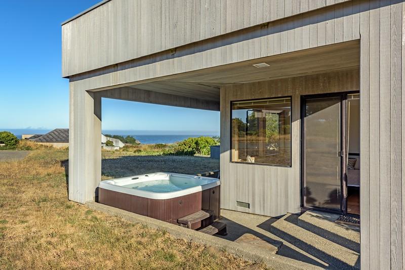 Hot Tub with Ocean Views