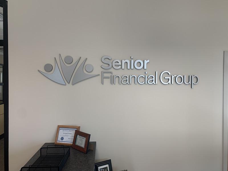 Knoxville-Environmental-Graphics-Senior-Financial-Group-2_heic.JPG