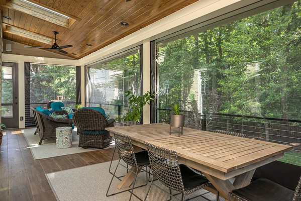 Tranquil Screened Porch