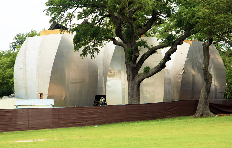 Gallery pods at Biloxi's Ohr-O'Keefe Museum Of Art.