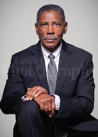 Dr. Leonard Hobbs   Headshots and Family Portraits