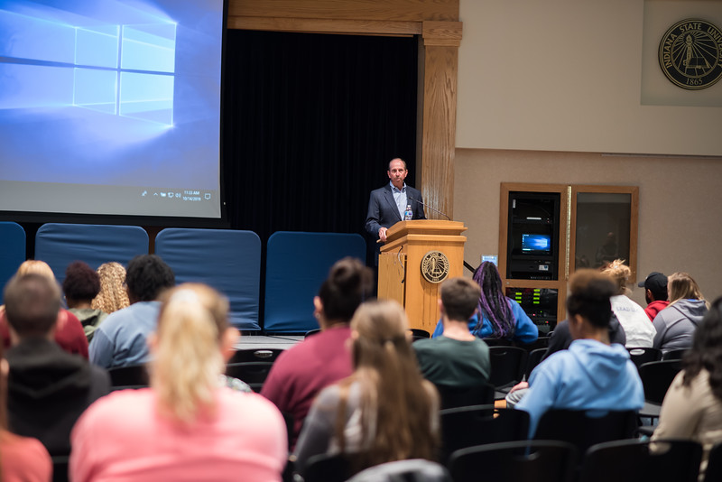 DSC_4752 Dave Brant's lecture October 14, 2019.jpg