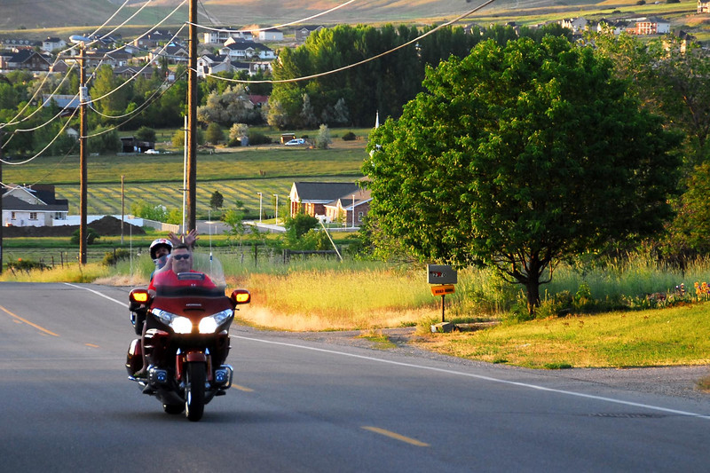 5/26/07 – Another great view of Cache Valley in the late evening. This is Steve and Katie on Steve's new Gold Wing.