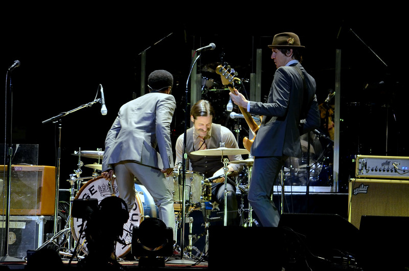 the who and vintage trouble 016.JPG
