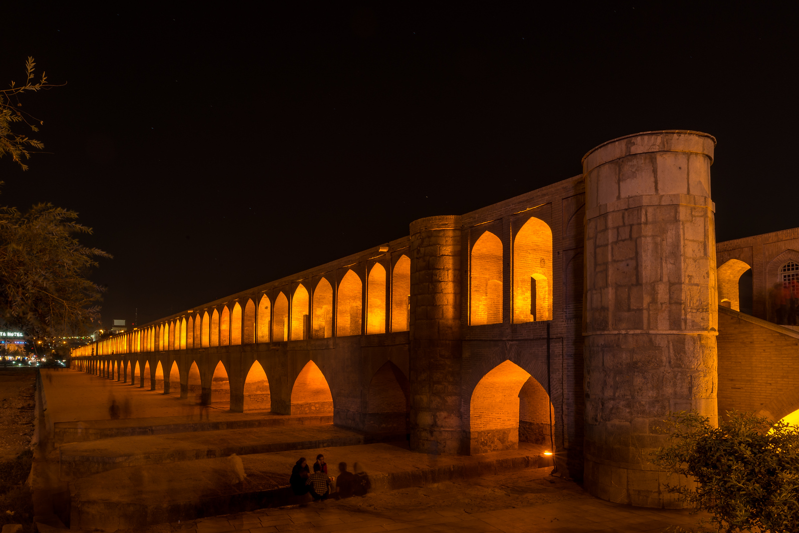 isfahan bridges
