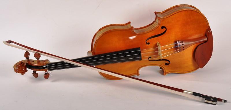 01 Violin.jpg