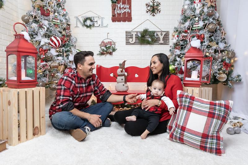 12.24.19 - Adriana's Christmas Photo Session 2019 - -13.jpg