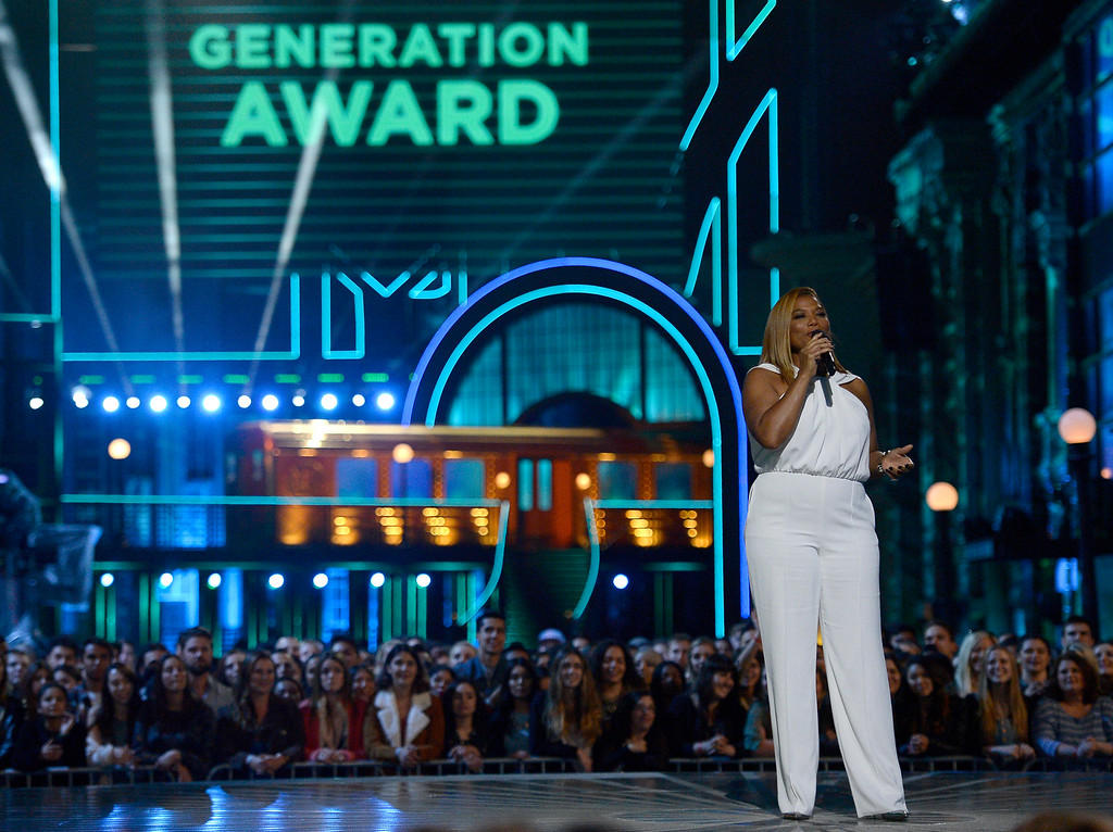 . Queen Latifah present the generation award at the MTV Movie Awards at Warner Bros. Studio on Saturday, April 9, 2016, in Burbank, Calif. (Kevork Djansezian/Pool Photo via AP)