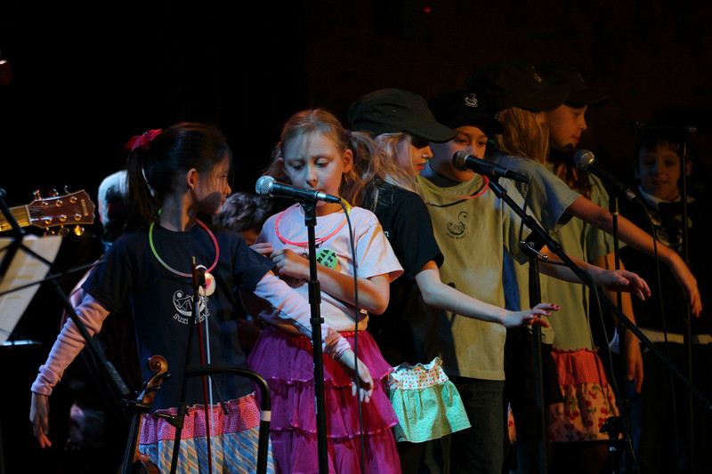 2011.12.12 Suzi Shelton Concertf-50.jpg