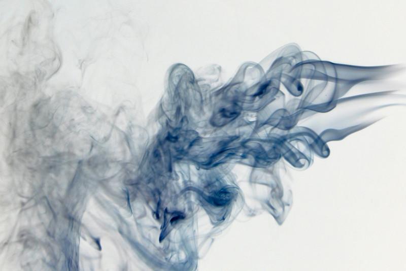 Smoke Trails 5~8673-1ni.
