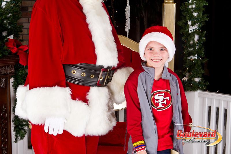 Santa Dec 8-104.jpg