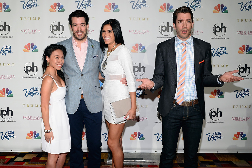 . (L - R) Linda Phan, television personality Jonathon Scott, Audra Mari and television personality Drew Scott arrive at the 2013 Miss USA pageant at Planet Hollywood Resort & Casino on June 16, 2013 in Las Vegas, Nevada.  (Photo by Ethan Miller/Getty Images)