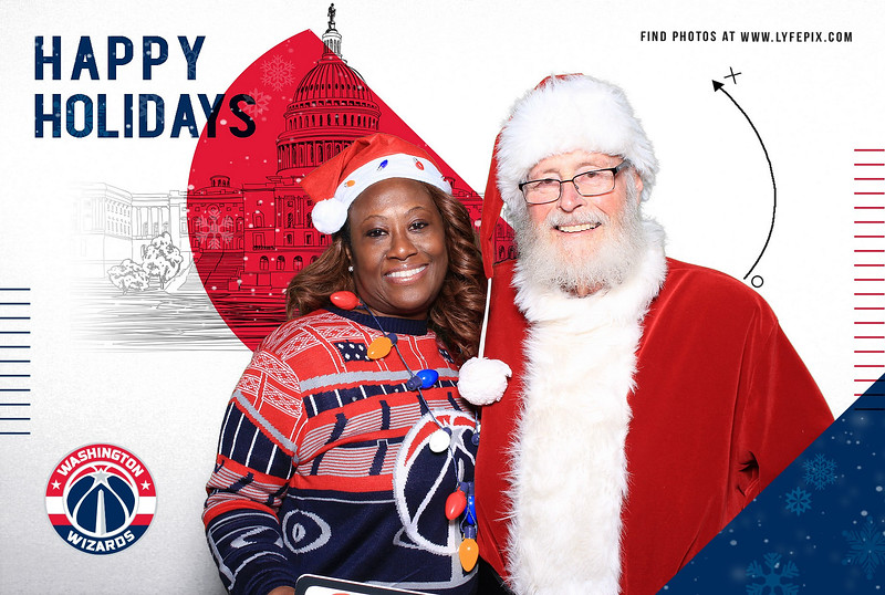 wash-wizards-2019-holiday-happy-hour-capital-one-arena-photobooth-181122.jpg
