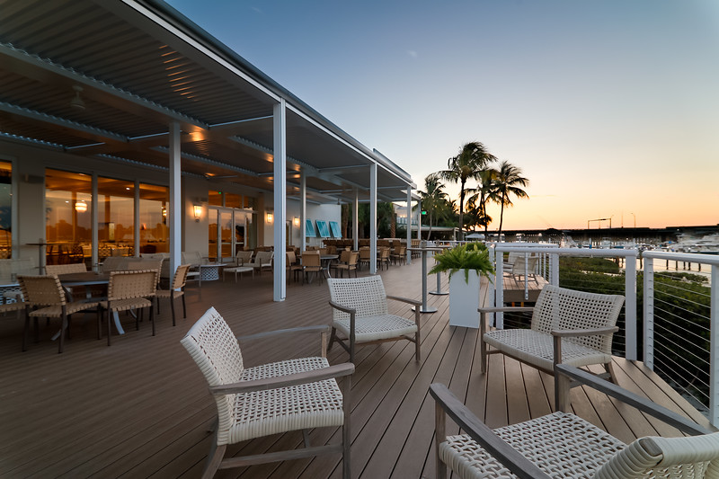 Pelican Club - Deck Seating.jpg