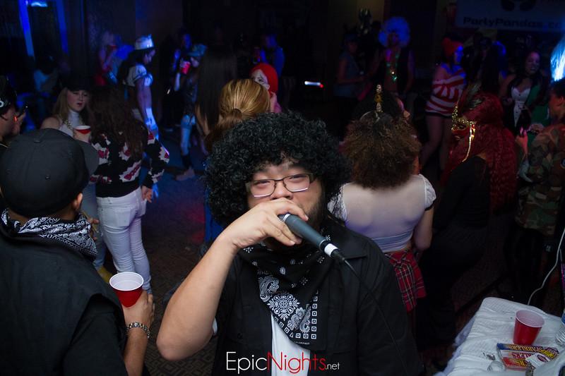 103013 Halloween Suite Party-6869.jpg