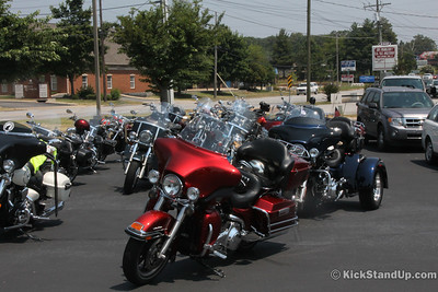 06.30.12 Funeral for Brian Pledger Maples, Southerrn Cruisers . FP