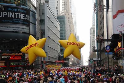 NYC MACY'S THANKSGIVING PARADE 2009