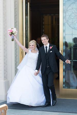 Hannah & Arthur Outside Temple