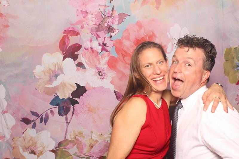 MangoStudios_Photobooth_Catherine and Sean94.jpg