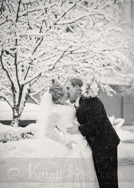 Lester Wedding 068bw.jpg
