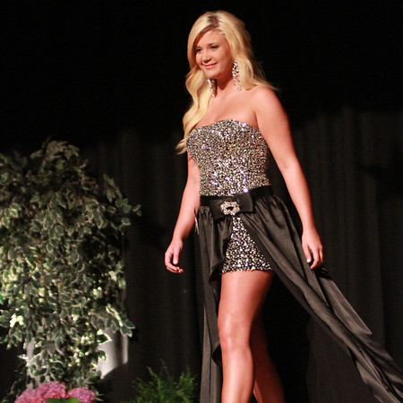 Contestant #3 Taylor