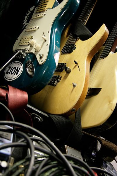BOBBY KOELBLE_GUITAR COLLECTION.jpg