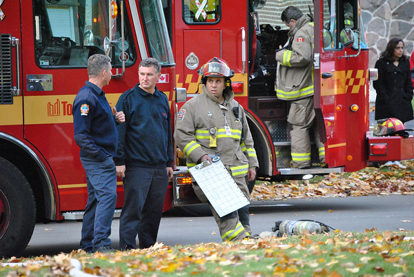 November 4, 2010 - Working Fire - 11 Summerglade Dr.