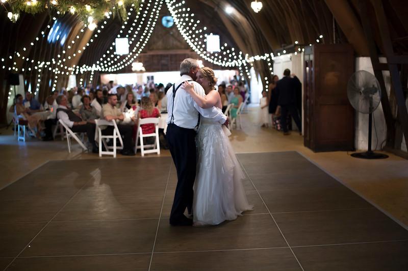 Garrett & Lisa Wedding (596).jpg