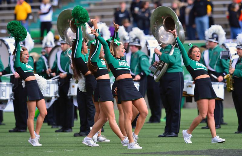 cheerleaders2888.jpg