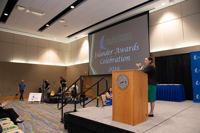 2019_0426-EmployeeAwards-5743.jpg