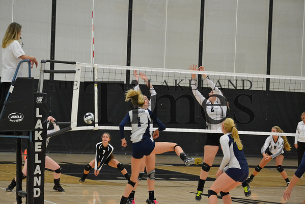 LUHS Volleyball vs. Tomahawk 10-3-13