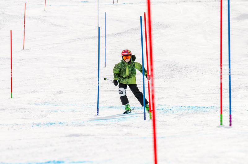 Standard-Races_2-7-15_Snow-Trails-197.jpg