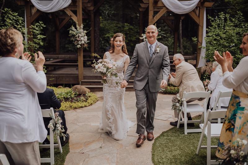 2018-05-12_ROEDER_JulieSeth_Wedding_ROEDER1_0141.jpg