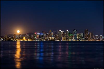 San Diego Moonrise  23MAR16