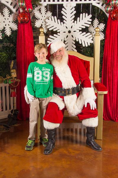Santa 12-16-17-86.jpg